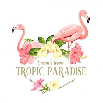 フラミンゴの鳥とプルメリアの花が白い背景で隔離されました。