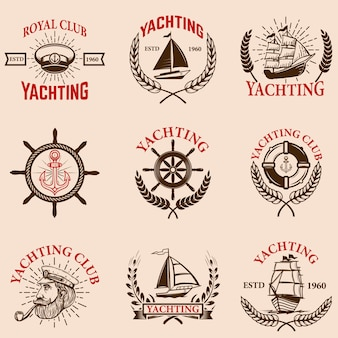 白い背景の上のヨットエンブレムのセットです。ヨットクラブ、ボート。ロゴ、ラベル、エンブレム、記号の要素。図