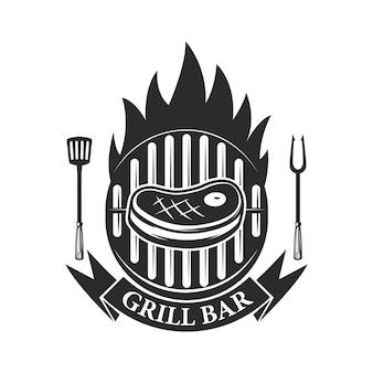 グリルバー。切り身の肉と交差した肉切り包丁。ロゴ、ラベル、エンブレムの要素。図