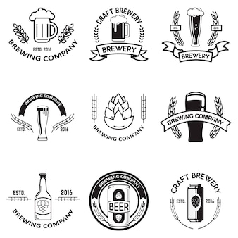 Набор пивных этикеток в стиле линии. элементы дизайна для логотипа, этикетки, эмблемы, знака, торговой марки.