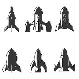 ロケットのアイコンのセットです。ロゴ、ラベル、エンブレム、記号、ブランドマークの要素。