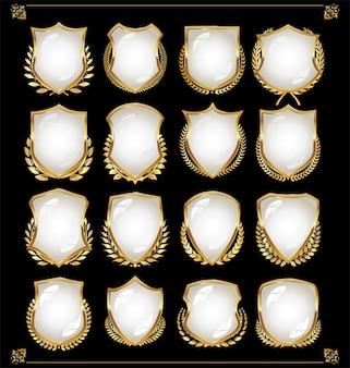 黒と白の盾の光沢のあるベクトルコレクション