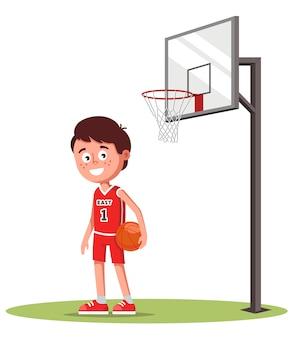 Мальчик в спортивной форме на поле с баскетбольной корзиной. в руках мяч. векторная иллюстрация