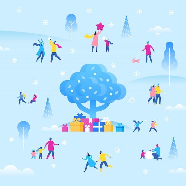 クリスマスや新年の休日の屋外フェア、楽しい小さなキャラクター