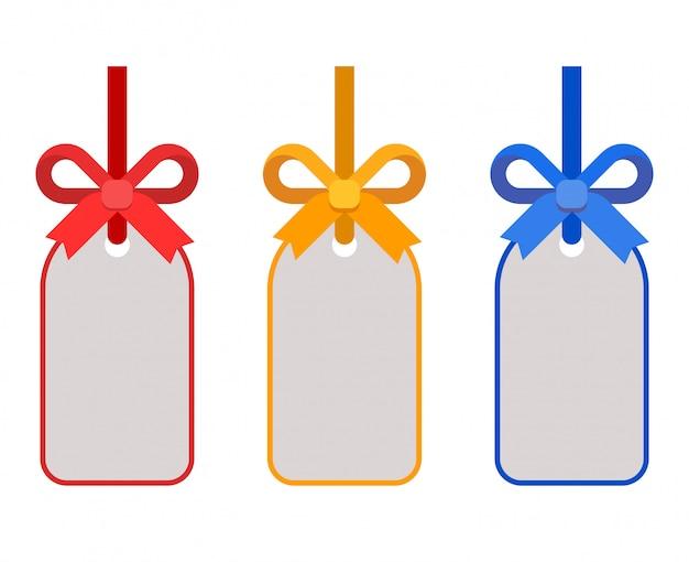 Цветные подарочные бирки и набор с бантами из ленты плоской иллюстрации