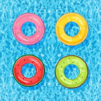 水の上のカラフルなプールリング