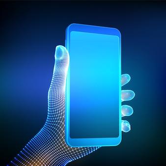 空白の空の画面を手にクローズアップ携帯電話