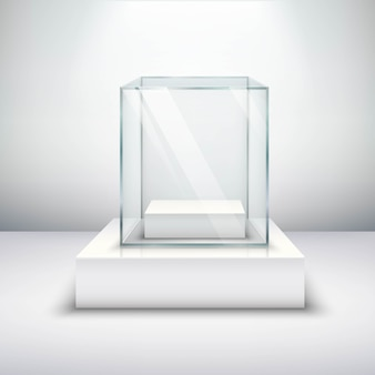 空のガラスショーケース