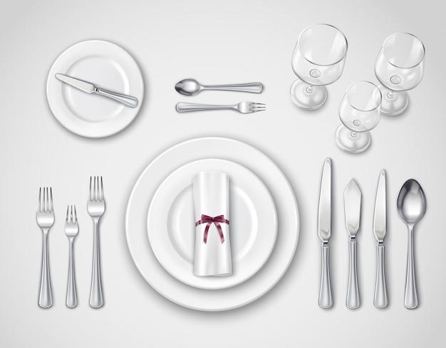 テーブル設定の現実的なトップビュー
