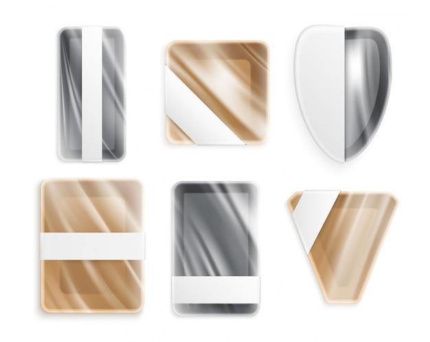 プラスチック製の金属製またはセラミック製のさまざまな形状の調理器具は、包装されたポリエチレン分離アイコンで現実的な設定