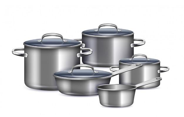 Набор кастрюль для приготовления завтрака, обеда и ужина реалистично