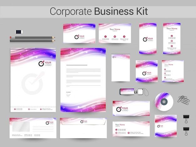 Корпоративный бизнес-набор с красочными волнами.