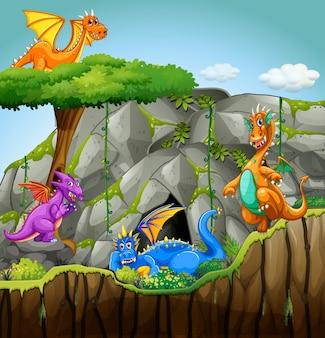 洞窟に住んでいるドラゴンたち