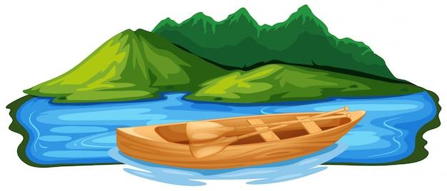 Деревянная лодка в природе
