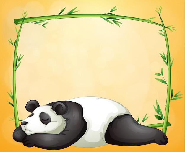 空のフレームと寝るパンダ