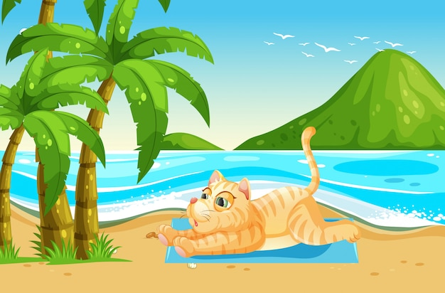 Желтая кошка отдыхает на пляже