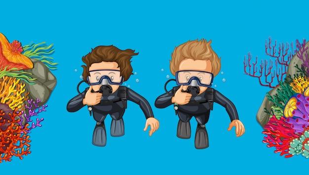Два человека подводного плавания под морем