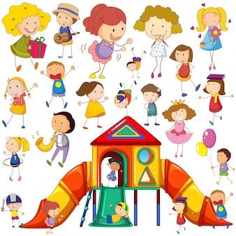 さまざまな行動やプレイハウスのイラストを描く子供たち