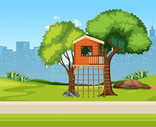自然の中の木の家