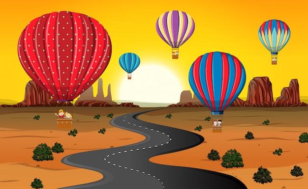 砂漠で熱気球で旅行