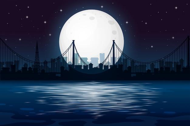 Темная ночная городская сцена