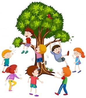 Дети восхождение на дерево белый фон