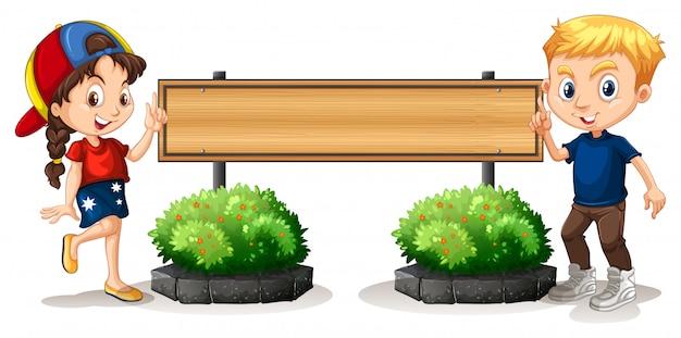 男の子と女の子、木の板