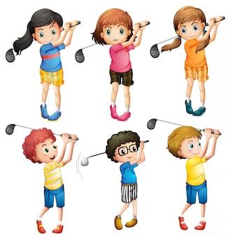 ゴルフをする子供たち