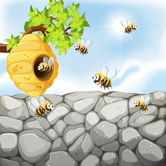 蜂の巣の周りを飛んでいる蜂