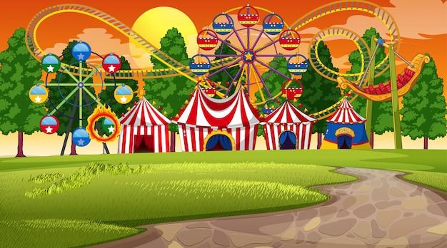 Парк развлечений закат сцены или фона