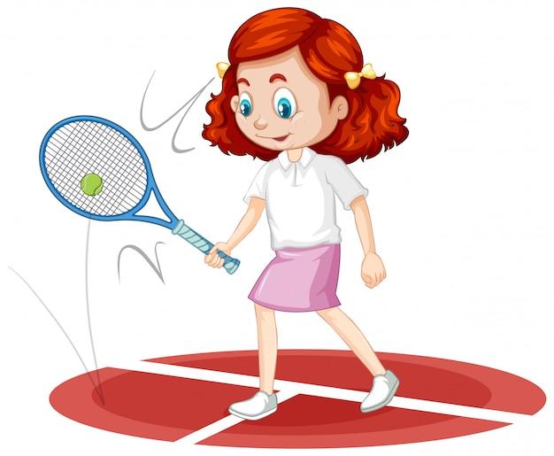 Одна счастливая девушка играет в теннис