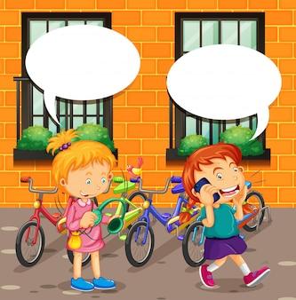 電話と音楽を聴いている女の子で話している少年