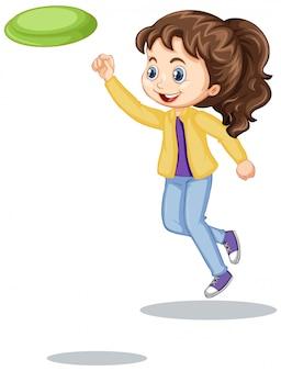 分離されたフリスビーを遊んで幸せな女の子