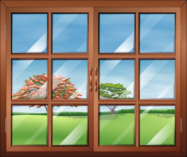 透明なガラス板のある窓