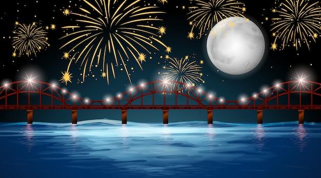 Вид на реку с фоном празднования фейерверка