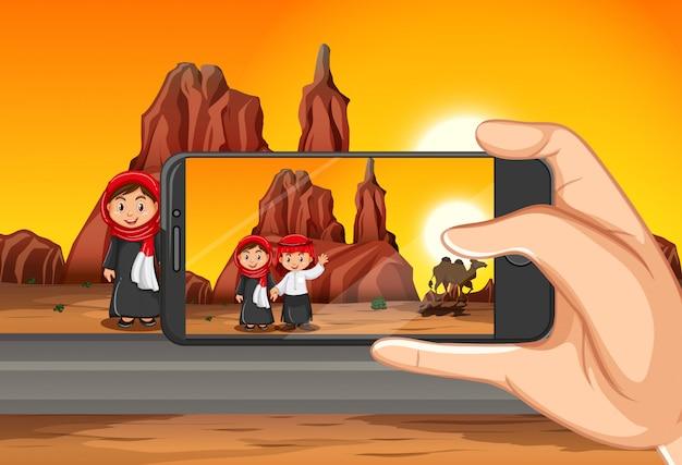 ビューの背景にスマートフォンで旅行写真を撮る