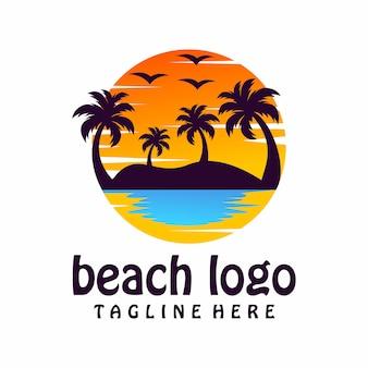 Пляжный логотип, шаблон, иллюстрация