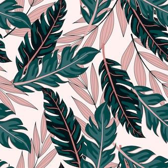 Тропический бесшовный фон с зелеными и розовыми растениями