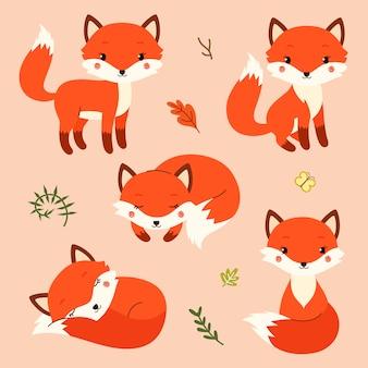 モダンなシンプルなフラットスタイルのかわいい漫画キツネのセット。