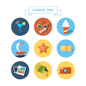 丸みを帯びた円セット上の夏の要素。フラットなデザイン。