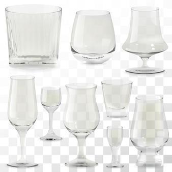 現実的な透明なウイスキーグラスのセット。アルコールドリンクグラス