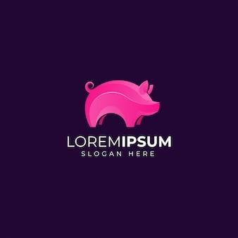 Розовая свинья с логотипом