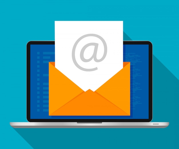 Ноутбук с конвертом на экране. концепция маркетинга электронной почты. плоский дизайн, векторные иллюстрации.