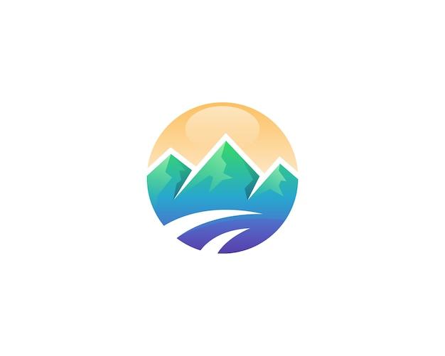 抽象的な山のサークルのロゴ