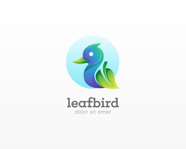鳥のロゴと創造的な組み合わせの葉