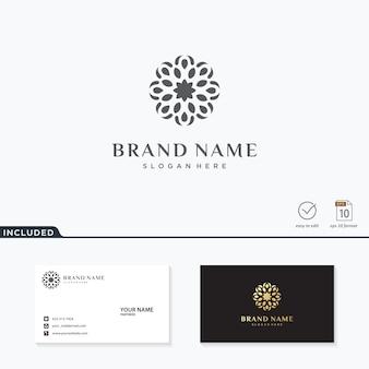 Абстрактный цветок логотип вдохновение