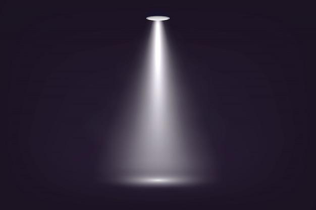 Прожектор на темном фоне сцены