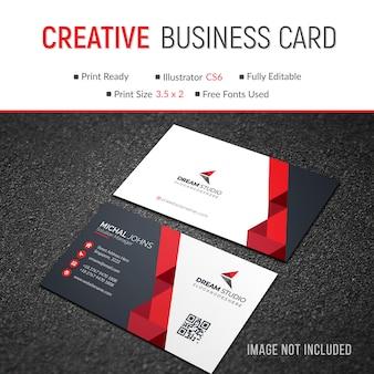 Красивая современная красная визитная карточка