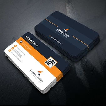 オレンジ色の訪問カード
