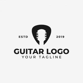 シンプルなアコースティックギターとピック、ミュージックショップ、コンサートのロゴ